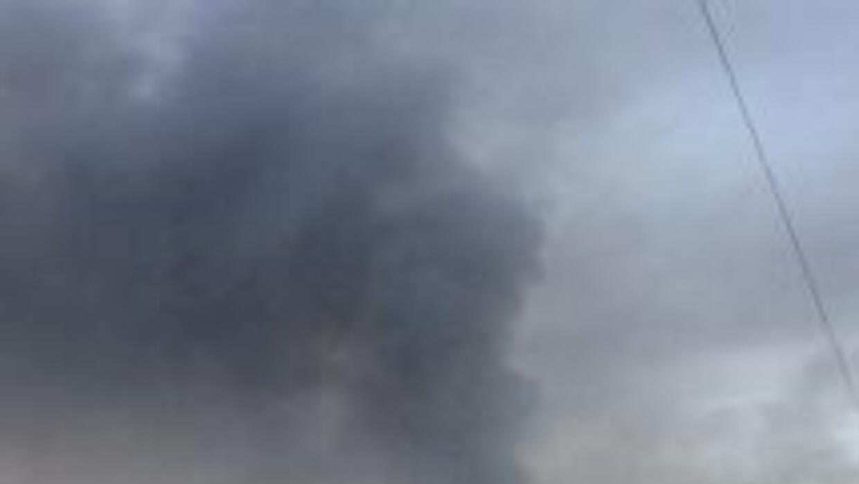 Al menos seis muertos y 13 heridos dejó una explosión en un depósito cla...
