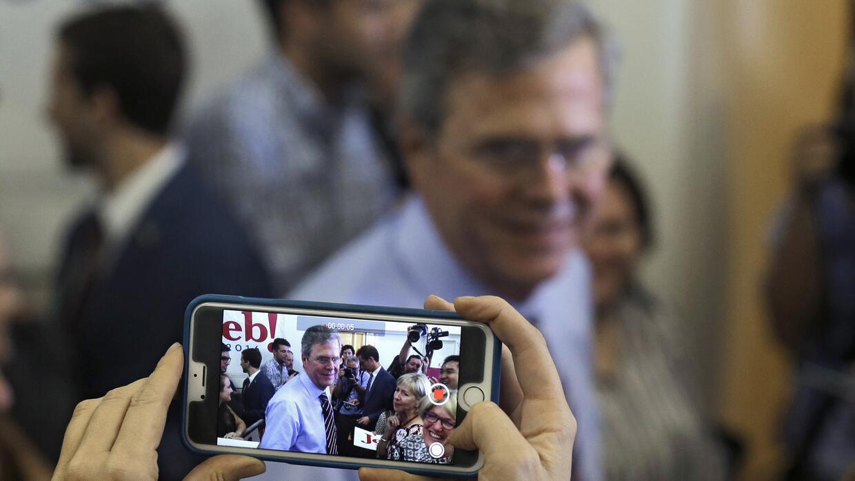 Jeb Bush este lunes en Tampa, Florida