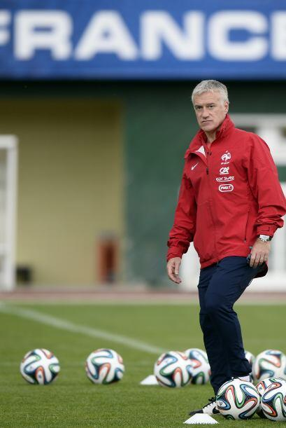 Didier Deschamps. Director técnico. Fecha de nacimiento: 15 de octubre d...
