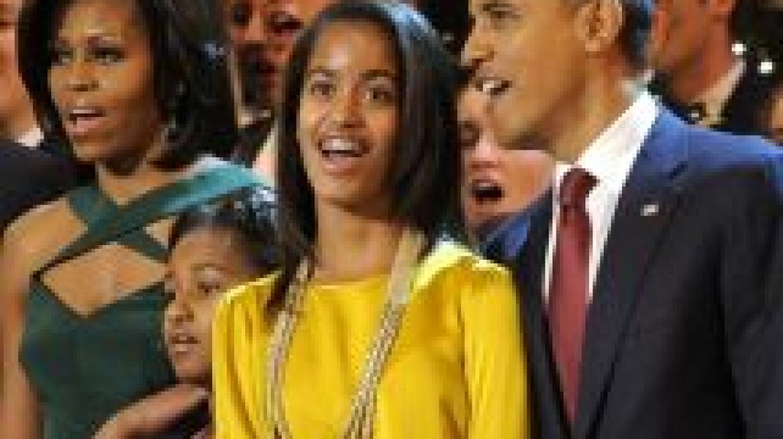 El presidente Barack Obama prohibió a sus hijas usar Facebook.