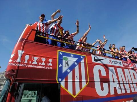 Los jugadores y el personal del Atlético de Madrid presentaron el...