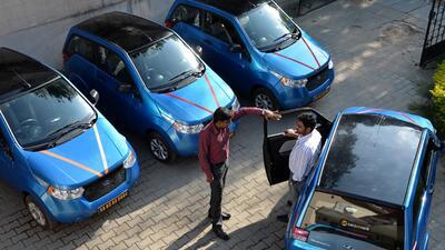 Autos eléctricos construidos por la compañía india Mahindra.