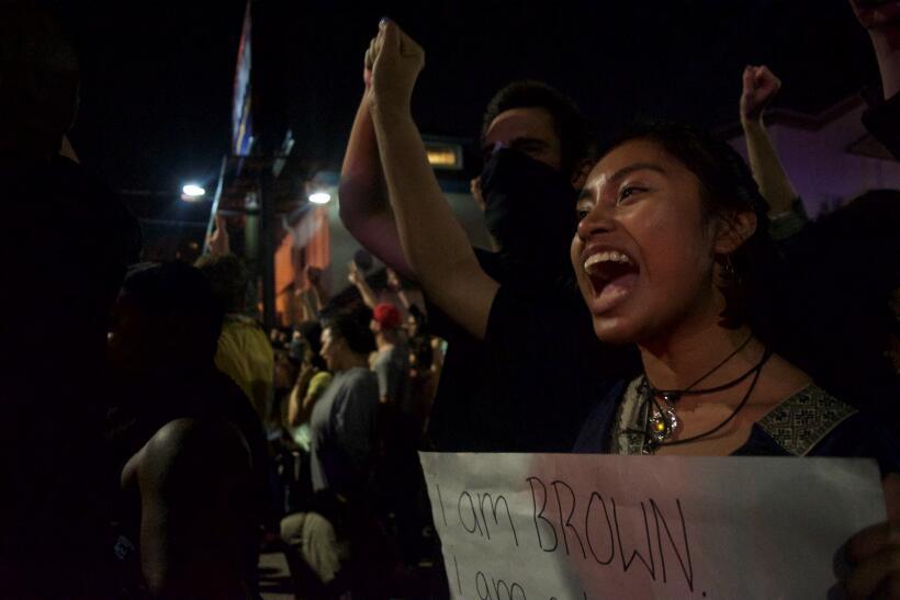 """""""Soy morena y soy latina"""". Varios jóvenes inmigrantes l..."""