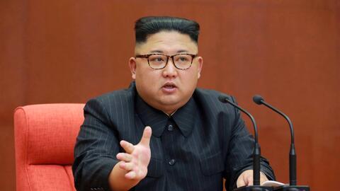Foto tomada el 7 de octubre del 2017 del líder norcoreano Kim Jon...