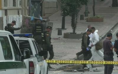 Primera hipótesis sobre la autoría del atentado en Bogotá, Colombia, señ...