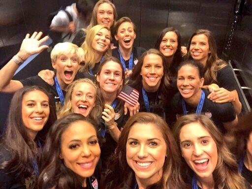 La Selección Femenina de los Estados Unidos, campeona del Mundial 2015,...