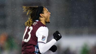 Jermaine Jones celebra su primer gol para Colorado Rapids