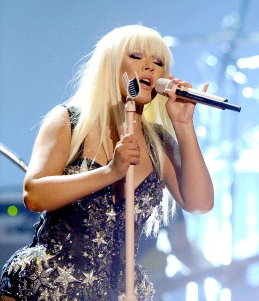 Christina Aguilera y Pitbull, la excéntrica Nicki Minaj, Justin Bieber e...
