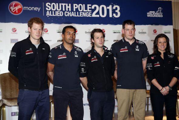 Harry recientemente culminó una dura expedición que llegó hasta el Polo...