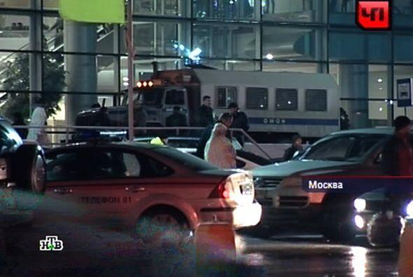 El aeropuerto de Domodédovo de Moscú fue al blanco de un ataque suicida...