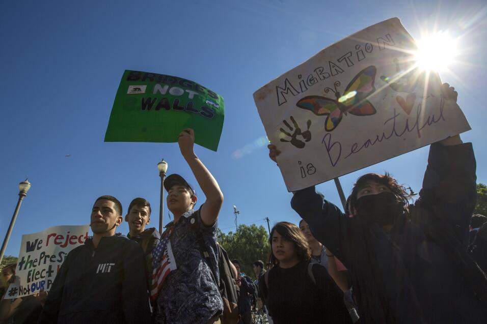 Estudiantes de Los Ángeles maracharon por el este de Los Á...
