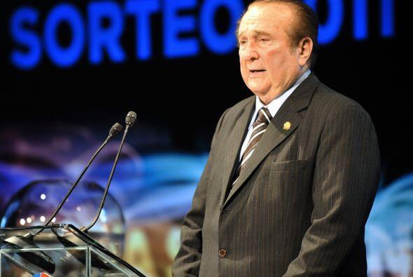 El presidente de Conmebol, Nicolás Leoz durante el sorteo 2011 que tendr...