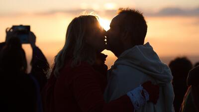 ¿La mujer puede alcanzar nueve tipos de orgasmos y el hombre dos?