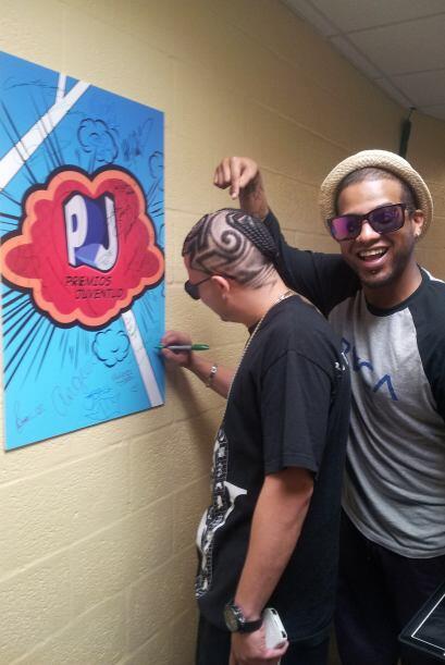 Este dúo se divirtió por los pasillos del BankUnited Center en Miami.