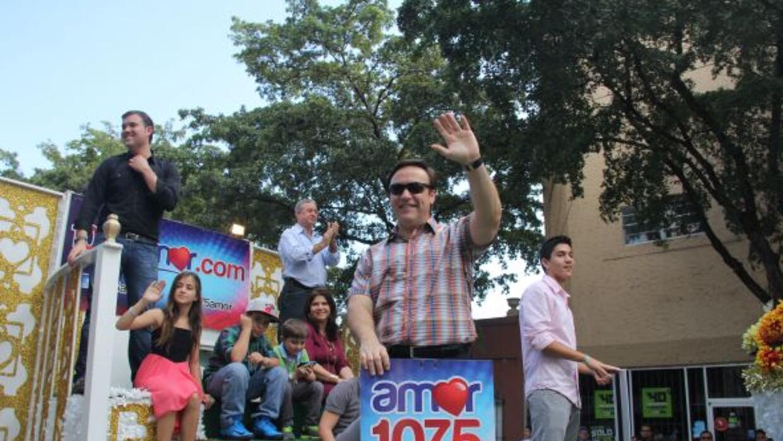 Univision Radio celebró La parada de los reyes magos con gran exito, don...
