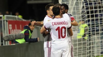 Milán obtuvo en Cagliari su primer triunfo a domicilio con Gattuso