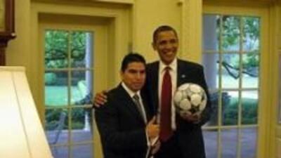 El presidente Barack Obama cumplio la promesa que hizo en su campaña de...
