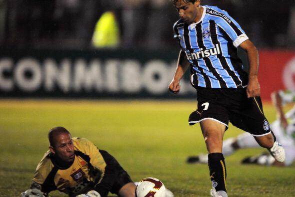 El goleador de la liga fue Jonás, del Gremio de Porto Alegre que...