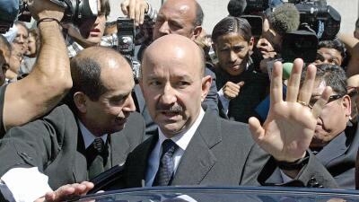 Carlos Salinas de Gortari ganó la presidencia en 1988 en medio de masiva...