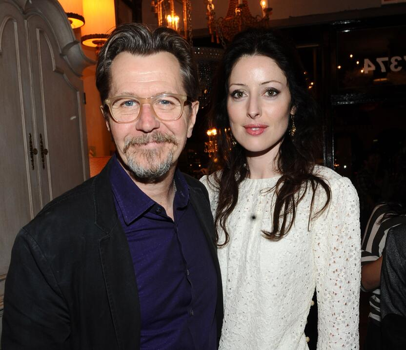 Gary Oldman y Alexandra Edenborough