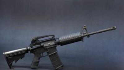 El AR-15 fue una de las armas que Adam Lanza empleó en su ataque a la es...