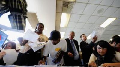 Los empleos creados en junio no alcanza para garantizar trabajo para los...
