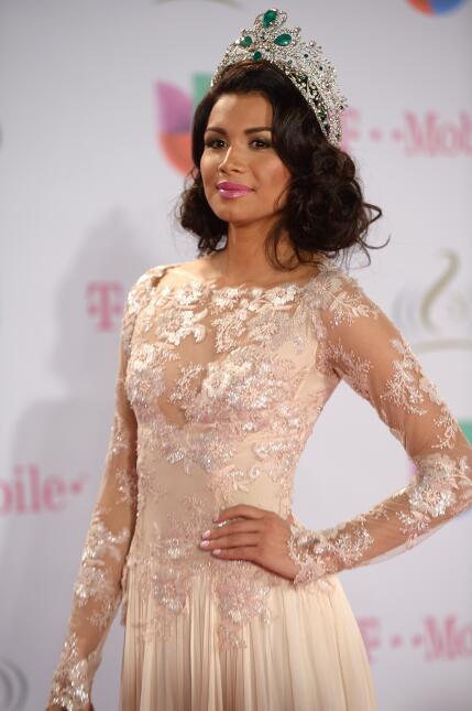 Reinas que han portado la corona de Nuestra Belleza Latina - Página 2 ?url=https%3A%2F%2Fcdn2.uvnimg.com%2Ff3%2F88%2F3664b96d4801ab760f8211a18dcd%2Fgettyimages-470838171