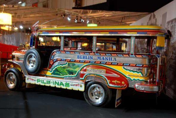Taxi JeepNey 1987 Filipinas tiene su propia cultura del taxi, similar a...