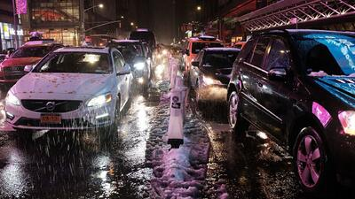 Líderes políticos cuestionan la efectividad de las autoridades ante el frente invernal del jueves en Nueva York