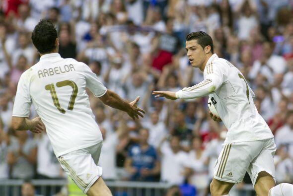 Los blancos abrían el marcador y el portugués se acercaba al argentino,...