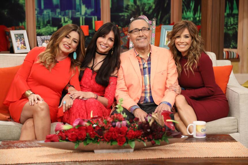 Giselle, Fernando y Karla junto a Paola Gutiérrez, también...