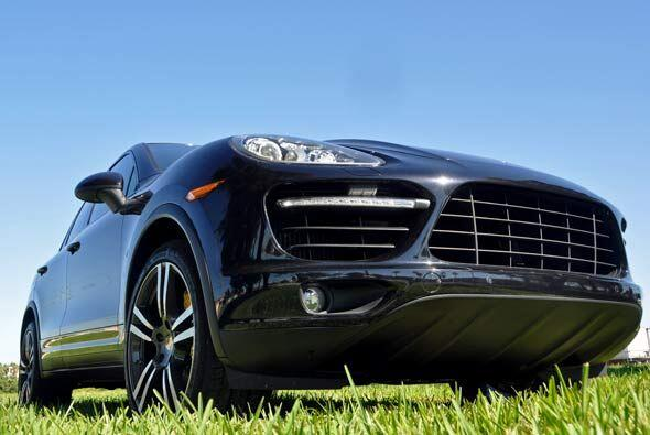 Sin ninguna duda, la Porsche Cayenne Turbo 2011 es la mejor SUV deportiv...