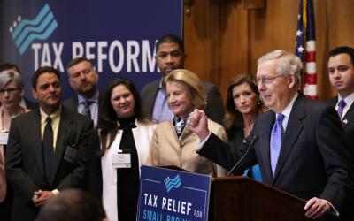 La mayoría republicana en el Senado finalmente aprobó la r...