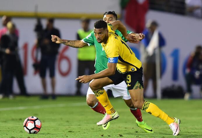 El ranking de los jugadores de México vs Jamaica 44-GettyImages-53914090...