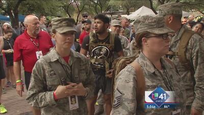 Bomberos de San Antonio recuerdan a caídos del 9/11