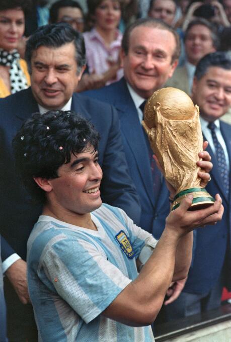 Diego Maradona (Argentina) - 'El Diego' fue campeón juvenil con...
