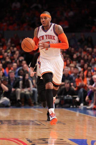 10. CARMELO ANTHONY: Es jugador de los Knicks de Nueva York, su padre er...
