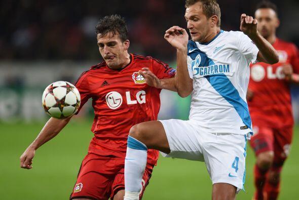 El Leverkusen derrotó por 2-0 al Zenit de Rusia.