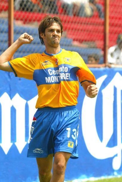 Antonio Sancho no tuvo muy buena suerte con el Tricolor pues en su mejor...