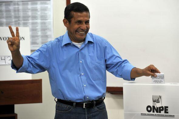 Ipsos-Apoyo estimó que Humala contó con 31.8% de los votos.