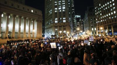 Protestas por decisión del gran jurado usan nuevos espacios