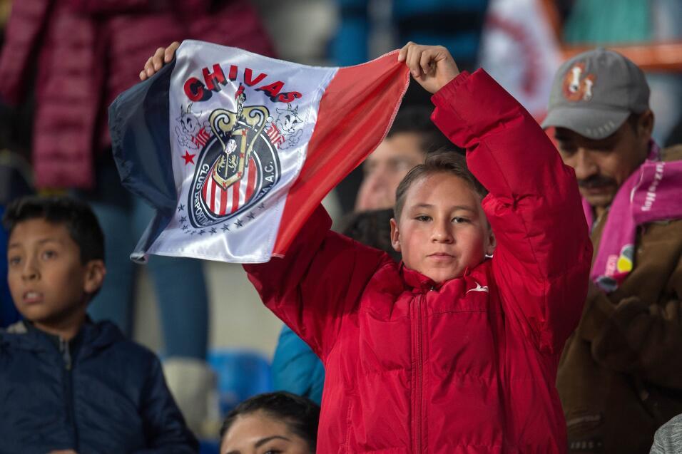 Con récord de asistencia, Pachuca toma ventaja sobre Chivas en Final de...