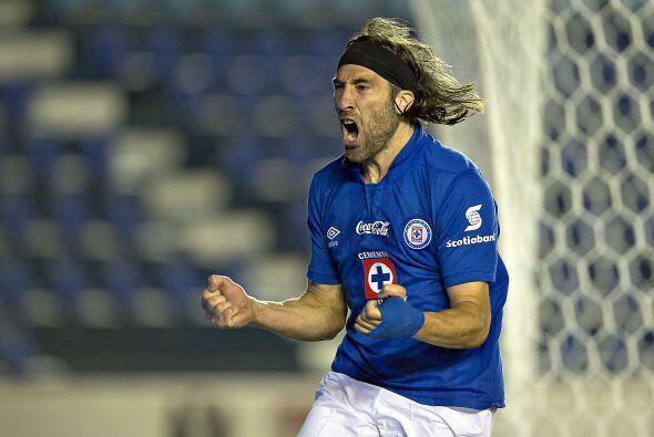 Mariano Pavone: El argentino no participó mucho en el partido, pero su g...