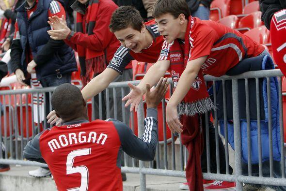 La afición de Toronto despidió a sus jugadores pese a que...
