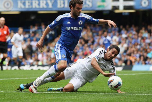 Mata, el delantero español, tuvo un buen partido.