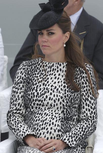 """No, Kate, no nos mires con esos ojos... cualquier """"fashionista"""" también..."""