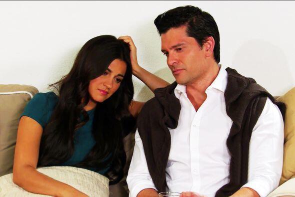 """Pues le robó el corazón a su médico, """"Javier"""", quien hasta casarse con e..."""