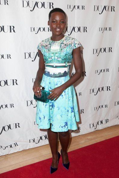 Este vestido azul de Mary Katrantzou es otro 'modelito' que ha contribui...