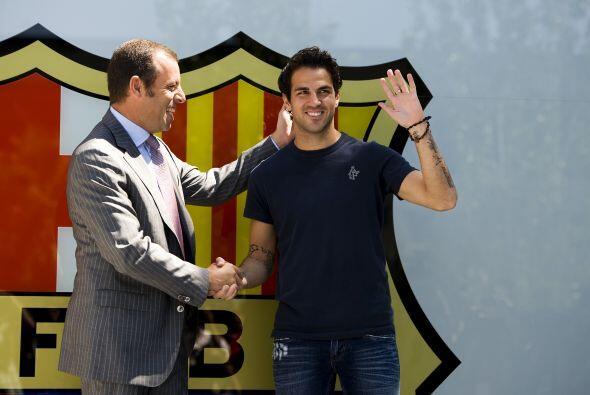 El presidente 'culé', Sandro Rosell, recibió al futbolista.