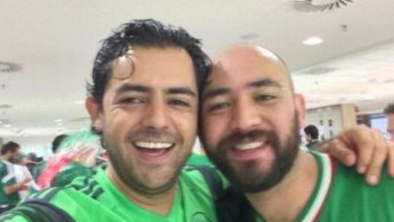 Dos de los mexicanos detenidos en Brasil. Foto de Twitter.